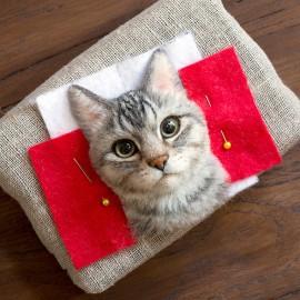 Wakuneco: ritratti iperrealistici di gatti con la lana infeltrita