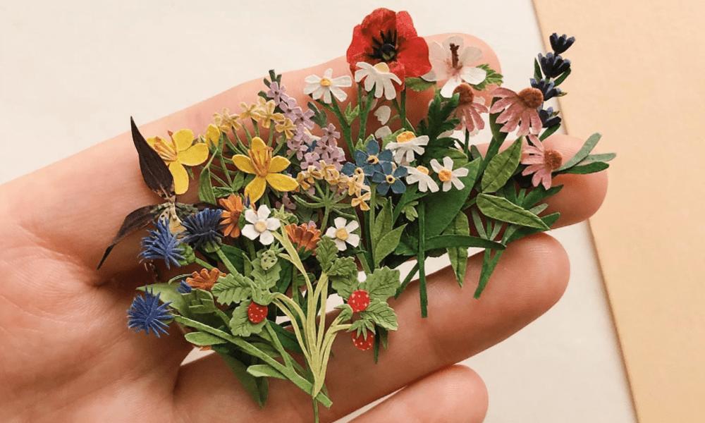 I mini capolavori botanici in carta di Tania Lissova
