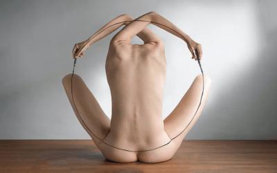 La perfezione del corpo femminile nelle fotografie surreali di Lin Yung Cheng