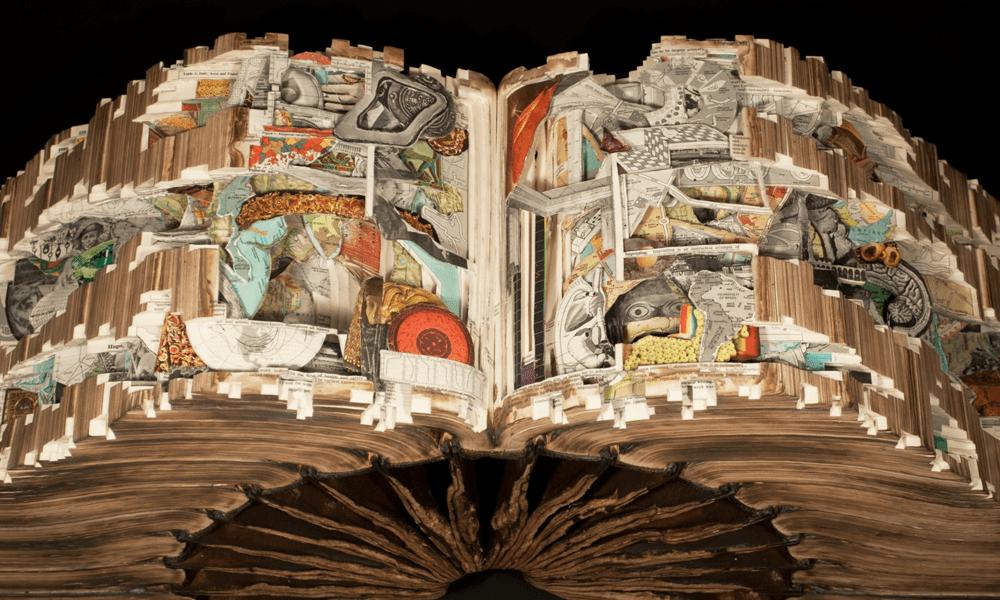 Il libri diventano intricate e meravigliose sculture nelle mani di Brian Dettmer