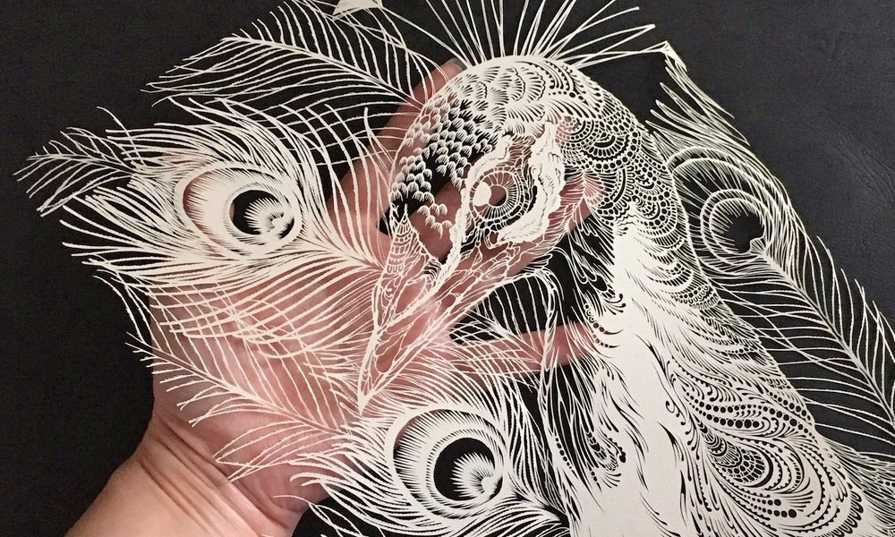 Kiri-e, la millenaria arte giapponese della carta intagliata