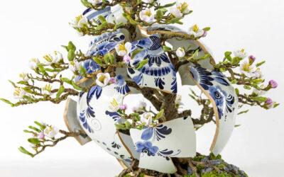Le insolite sculture kintsugi di Patrick Bergsma uniscono l'arte della ceramica con quella del bonsai