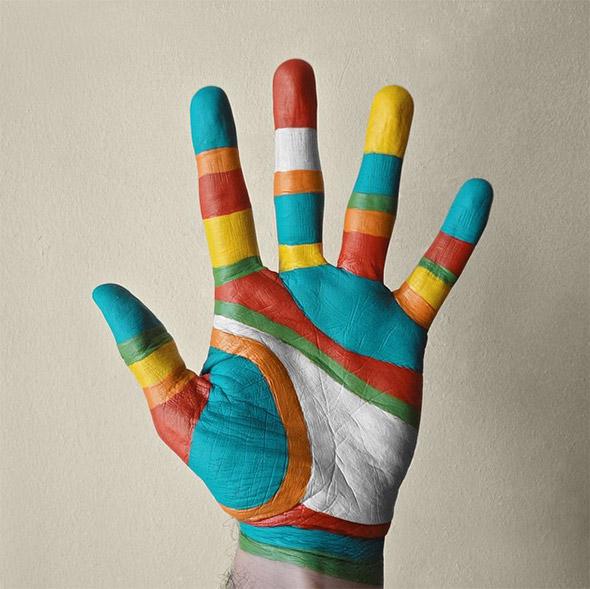 """Le mani """"artistiche"""" di Benedetto Demaio"""